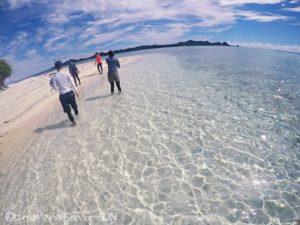 沖縄,伊是名,無人島,散策