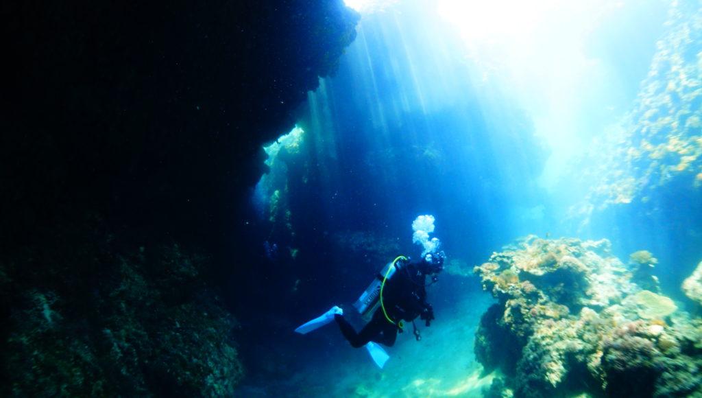 洞窟,伊是名,ダイビング,沖縄