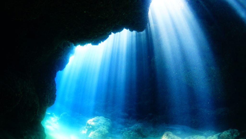 ダイビング,伊是名,島,洞窟