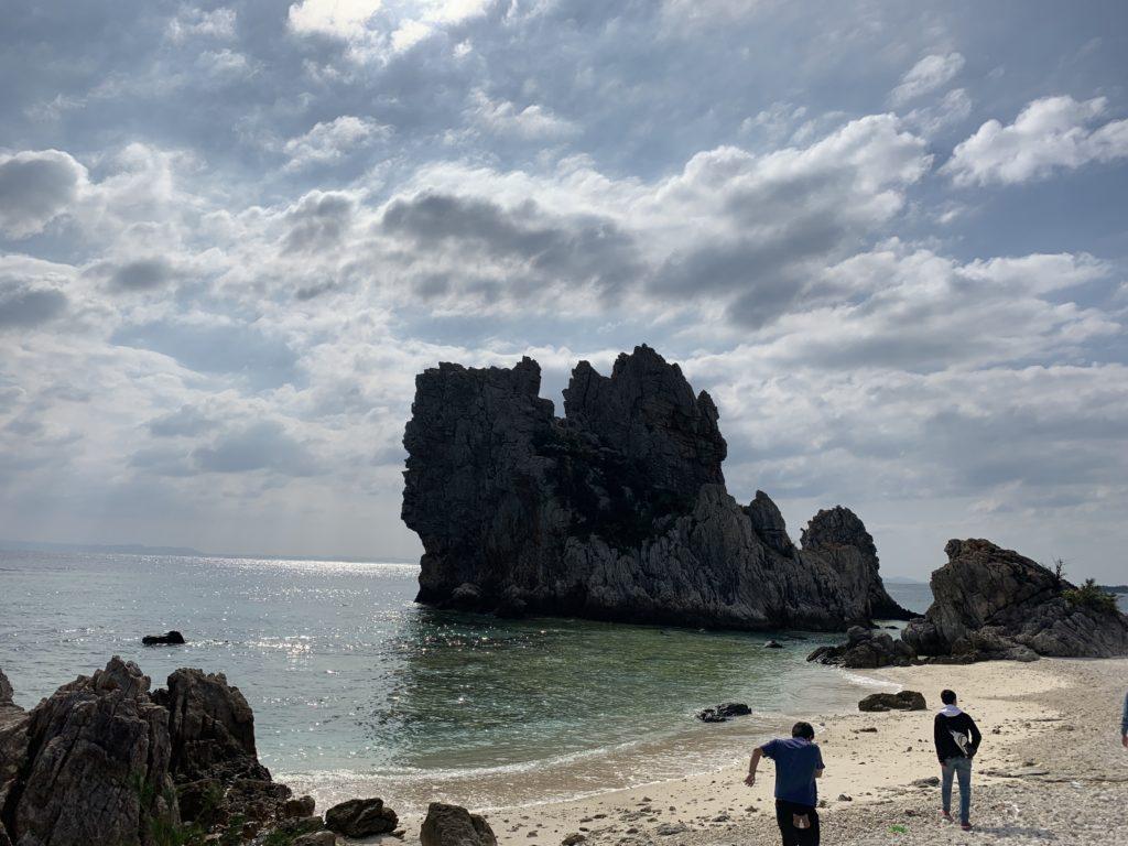 伊是名の海ギタラの麓のビーチ