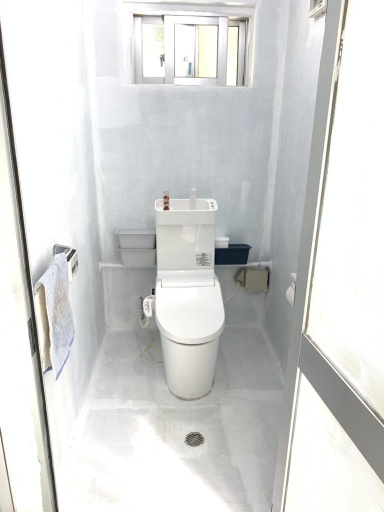 伊是名のダイビングショップのグインのトイレ