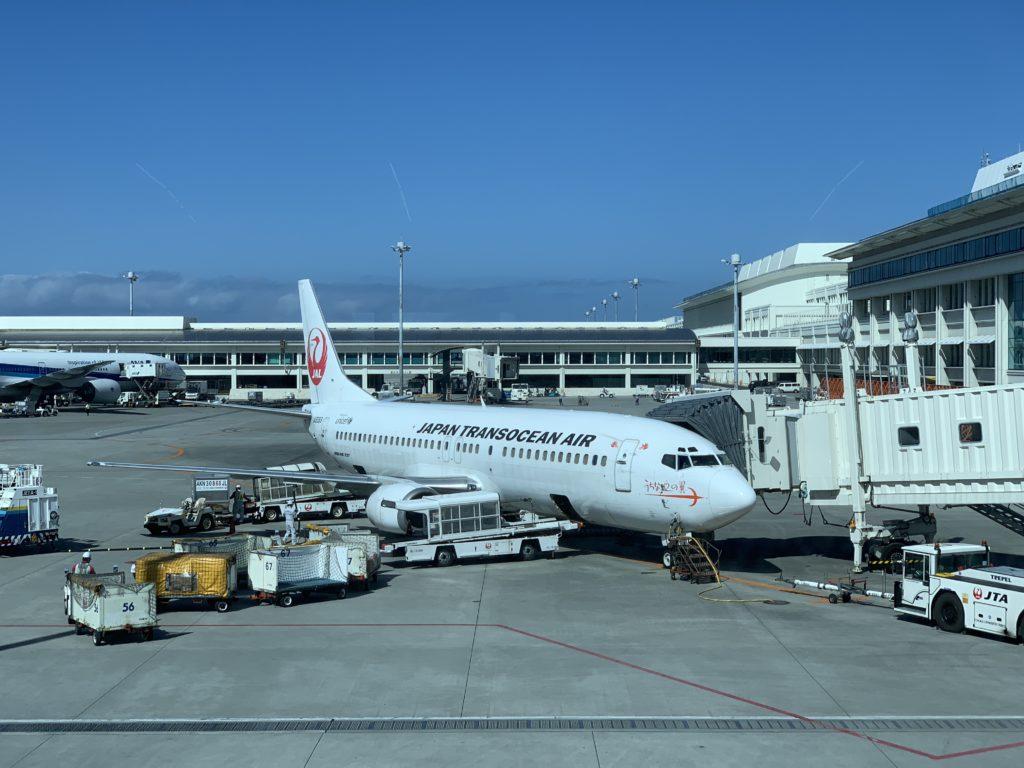 宮古島行きの飛行機